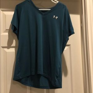 Under armour semi fitted heat gear tee xl